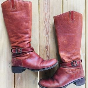 B.O.C woman's fall boots. Size 9.